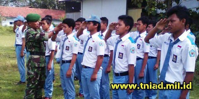 Koramil Borobudur Latih Siswa SMK