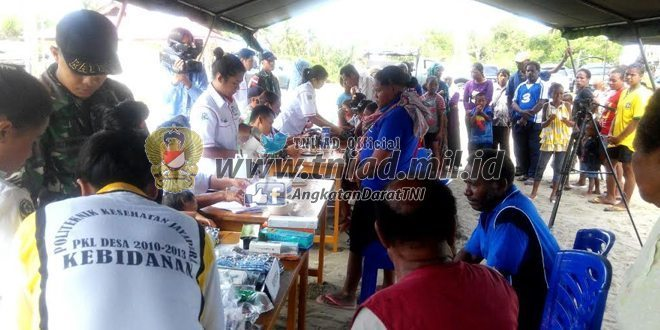 Satgas Pamtas Yonif Mekanis 411/Pandawa Kostrad Selenggarakan Bhaksos di Kampung Skouw Mabo Distrik Muaratami