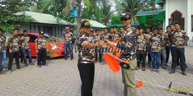 """FKPPI Aceh Serahkan 2 Unit: """"Mesin Potong Rumput"""""""