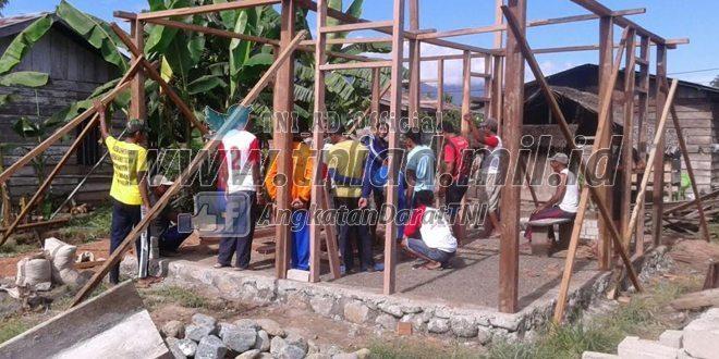 Masyarakat Wasile Terima Bantuan Renovasi RTLH