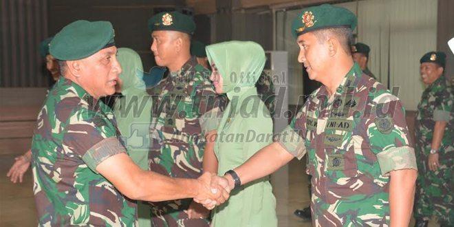 Pangkostrad Pimpin Serah Terima Jabatan Kapen Kostrad, Kazi Kostrad dan Kabekang Kostrad