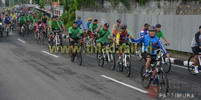 TNI-Polri Fun Bike Bersama Masyarakat Kota Ambon