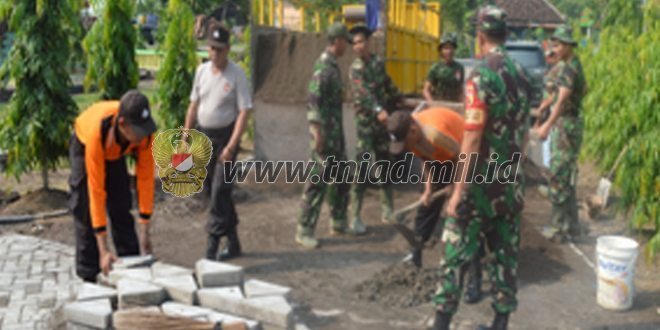 TNI-POLRI Bersinergi Dalam TMMD Ke-96 Di Desa Mojorejo Kec. Jetis Kab. Mojokerto