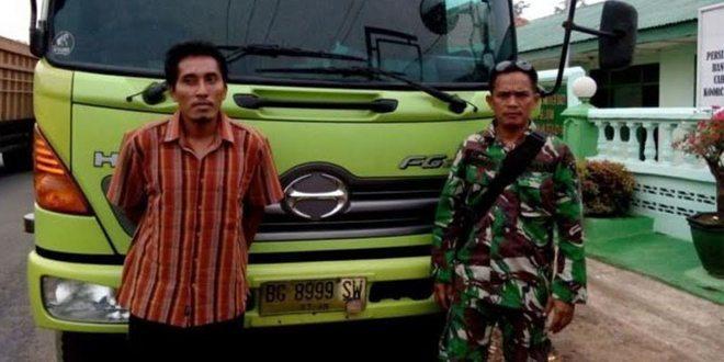 Babinsa Kodim Lampung Selatan Gagalkan Pencurian Mobil