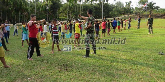 Selama TMMD Ke-96 Babinsa Kodim 0104/Atim Latih Yong Moodo