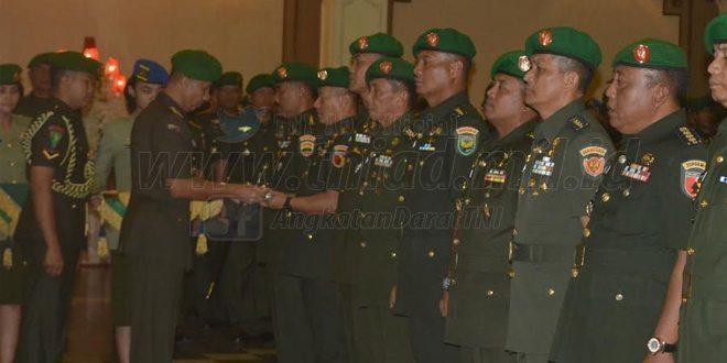 Kolonel Inf Piek Budyakto Resmi menjabat Danrem 081/Dhirotsaha Jaya