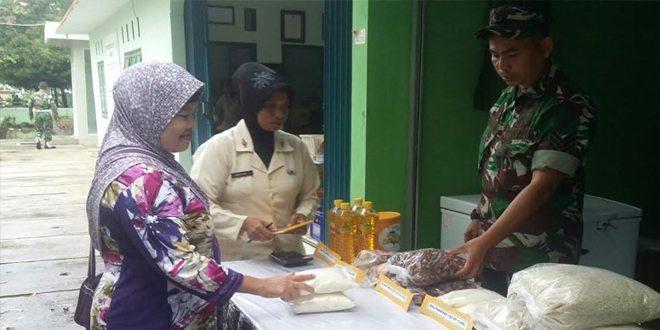 Kodim 0616/ Indramayu Menggelar Pasar Murah