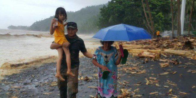 Kesigapan Dandim Satal Dan Anggotanya Dapat Menyelamatkan Nenek Dan Ibu Hamil
