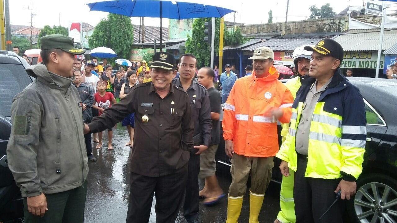 Dandim 0819/Pasuruan Tinjau Lokasi Banjir