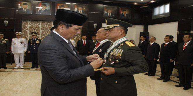 Panglima TNI Terima Bintang Yudha Dharma Utama