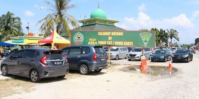 Rest Area Bima Sakti: Komitmen Yonif 132/Bima Sakti Untuk Membantu Para Pemudik Di Jalur Lintas Sumatera