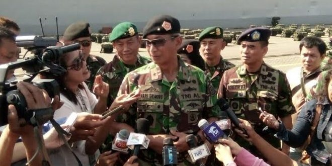 Waasops Panglima TNI Secara Resmi Melepas Pasukan Latgabma Malindo Darsasa-9 AB/2016