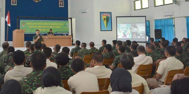 Prajurit Dan PNS Korem 063/SGJ Mendapat Penyuluhan Hukum