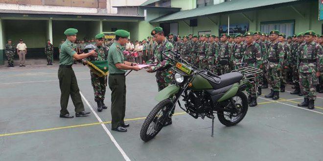 Kodim 0706/Temanggung Menyerahkan Kendaraan Sepeda Motor Kepada Babinsa Di Daerah Terpencil