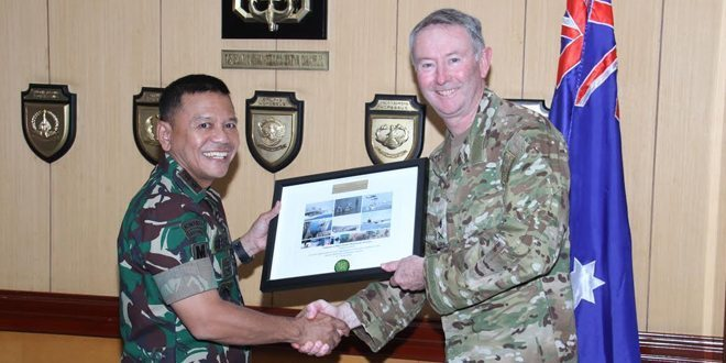 Special Operations Commander Australia, Mayjen Jeff Sengelman Tinjau Latma Dawn Komodo TA.2016