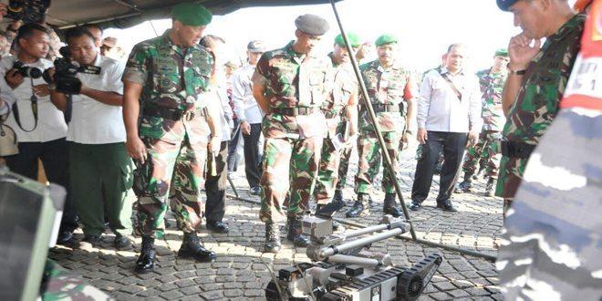 Robot Tank Mini Penjinak Bahan Peledak Siap Amankan Tamu VVIP KTT WIEF