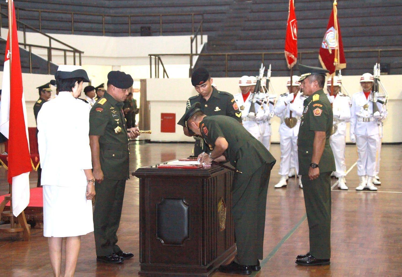 Panglima TNI Pimpin Sertijab Dankodiklat TNI