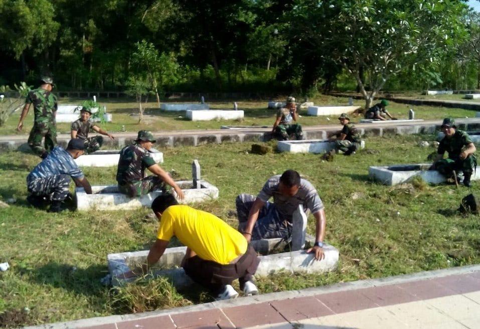 Sambut HUT Ke-50 Korem 084/BJ, Kodim Bangkalan Gelar Karya Bhakti TMP