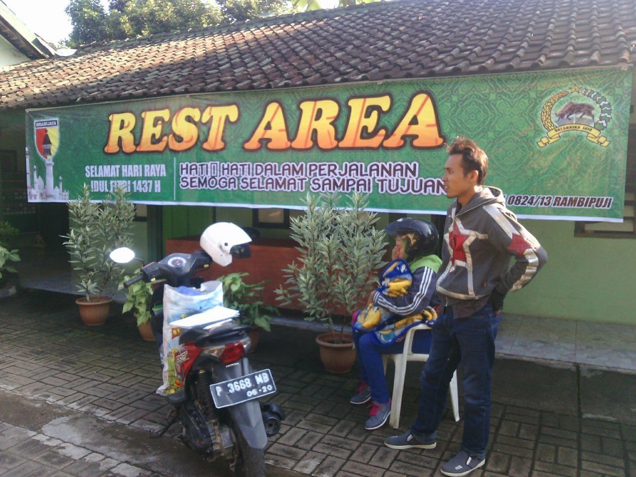 Beberapa Titik Rest Area Dipadati Pemudik
