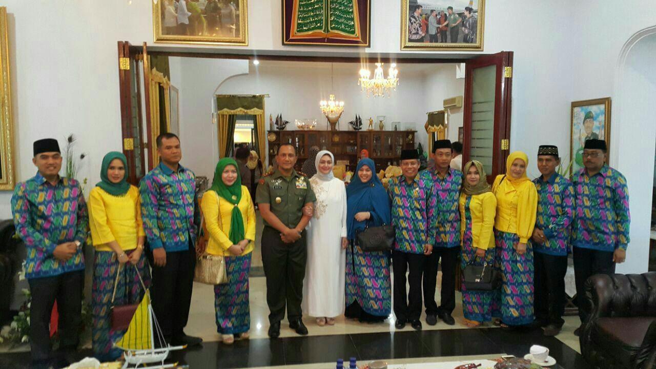 Pangdam VII/Wrb Sambut FKPD dan Perwira Korem 142/Tatag