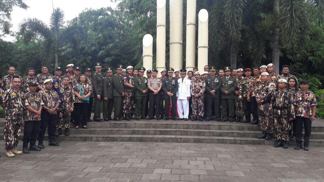 HUT FKPPI Kota Depok Ke-38 Dandim Menjadi Irup Ziarah Di Taman Makam Pahlawan Kalimulya