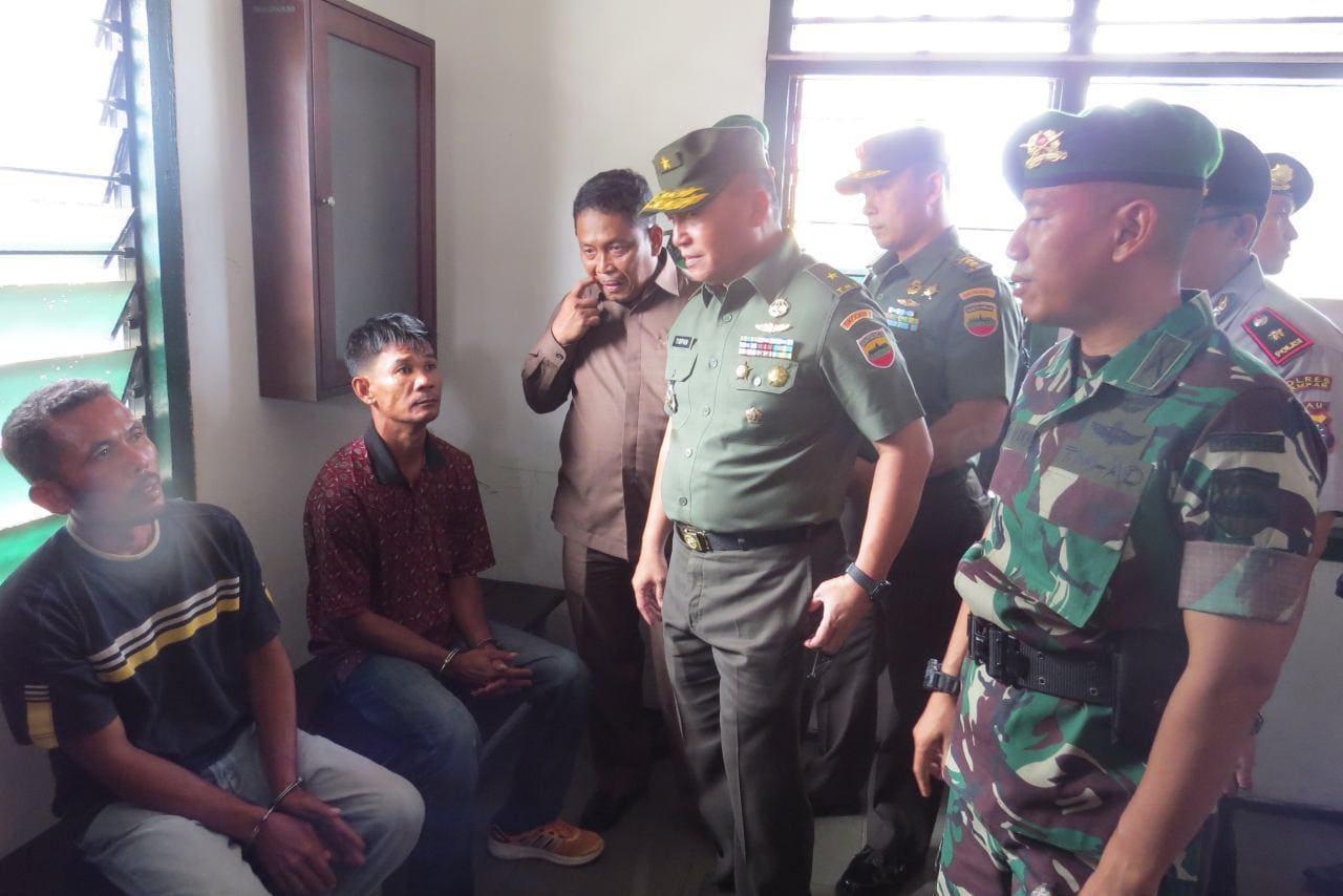TNI Serahkan Terduga Pengedar Narkoba Ke Kepolisian