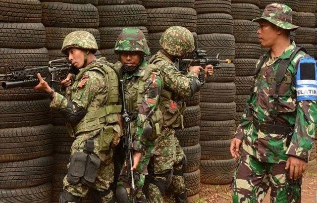 Pertempuran Jarak Dekat Mulai Dilatihkan Dalam Latma Linud Malindo