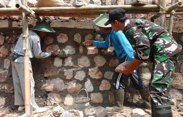 TMMD Ke 97 Kodim Pacitan Dekatkan Tentara dengan Rakyat Bangun Talud