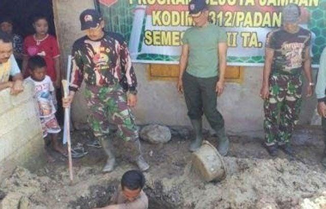 TNI Bangun 12 Jamban Gratis Bagi Warga Kurang Mampu