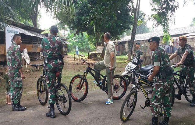 Kebun Hidroponik dan Peternakan Kambing di Markas Tentara