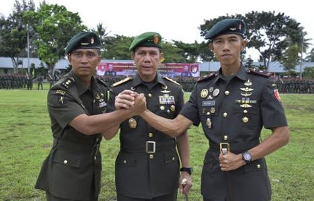 11.-Pangdam-VI-Mlw-Pimpin-Upacara-Sertijab-Danyonif-Raider-600-Modang
