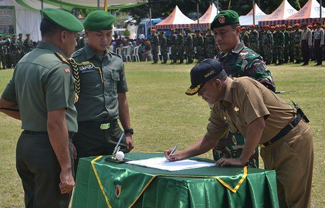 Pangdam V/Brw Tutup TMMD Di Wilayah Kodim 0801/Pacitan