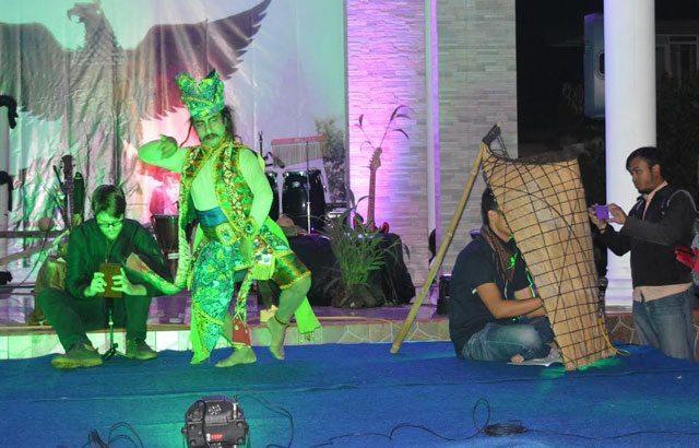 Pentas Seni HUT Ke-71 TNI Untuk Rakyat