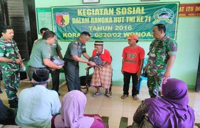 TNI Peduli Rakyat, Gelar Pembagian Sembako Gratis