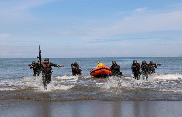 Prajurit Yonif Raider 112/DJ Gelar Latihan Rawa, Laut, Sungai dan Pantai