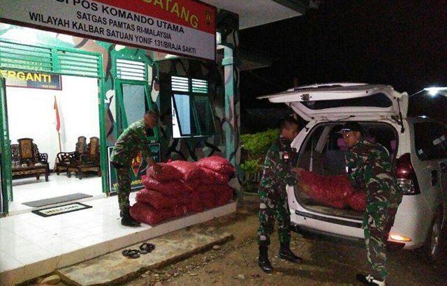 Satgas Pamtas Yonif 131/BS Kembali Gagalkan Barang Ilegal Dari Malaysia.