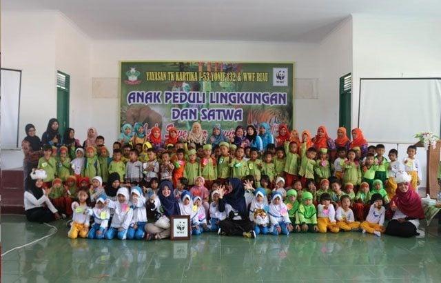 Yonif 132/Bimasakti Gelar Sosialisasi Anak Peduli Lingkungan dan Satwa