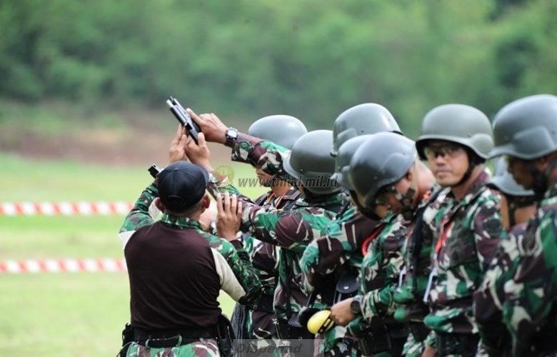 Foto : Lomba Tembak Pistol Tontangkas TNI AD Periode II Tahun 2016