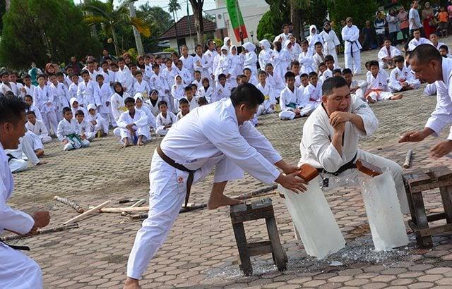 Danrem 041/Gamas Buka Latihan Bersama Karate Se-Provinsi Bengkulu