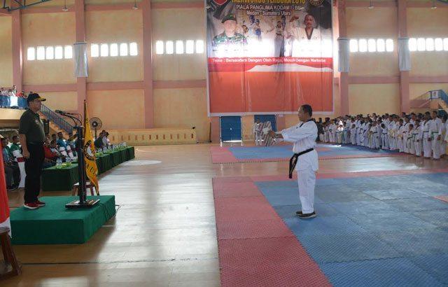 5.-Kasdam-I-BB-Buka-Kejuaraan-Taekwondo-Piala-Pangdam-I-BB-TA-2016
