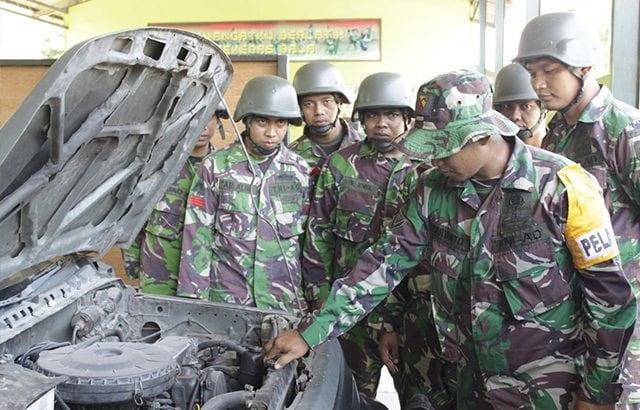 Batalyon Kalaveri 8 Kostrad Laksanakan Penataran Pengemudi Kendaraan Tempur