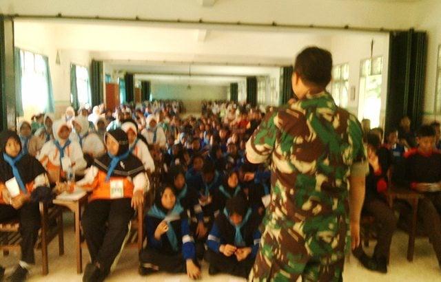 TNI, POLRI Dan Rakyat Indonesia Siap Kawal NKRI dan Pancasila