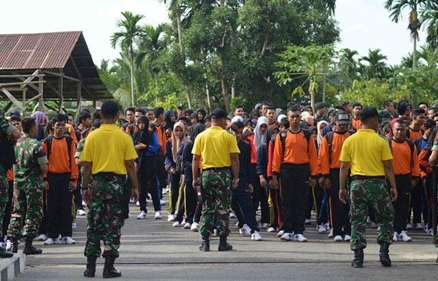 Prajurit TNI Latih 308 Mahasiswa Unsam Tentang Bela Negera