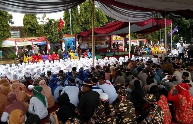 Tarian Babalu Meriahkan Apel Nusantara Bersatu Kabupaten Batang
