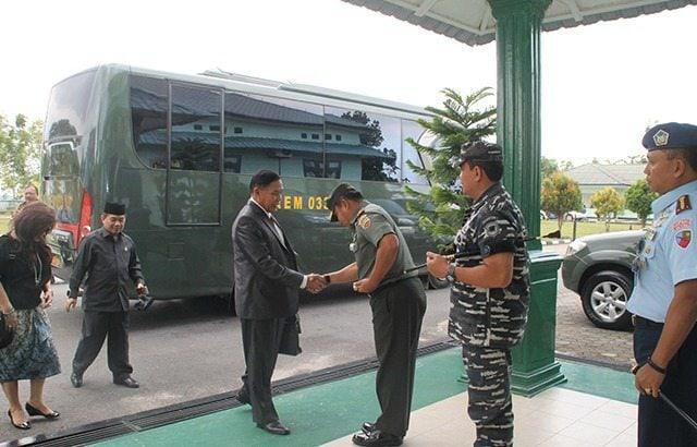 Kunjungan Komisi I DPR RI ke Korem 033/Wira Pratama