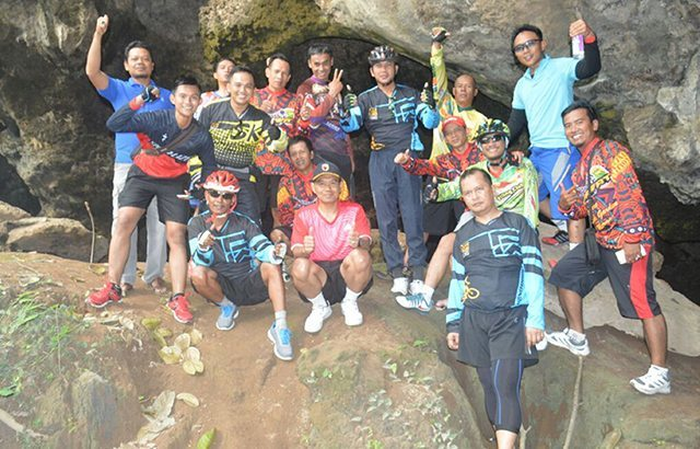 TNI-POLRI Gelar Gowes Lights Adventure Bersama Masyarakat Ponorogo