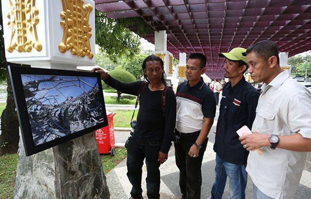 Foto-Foto Tragedi Gempa Bumi di Aceh Dipamerkan