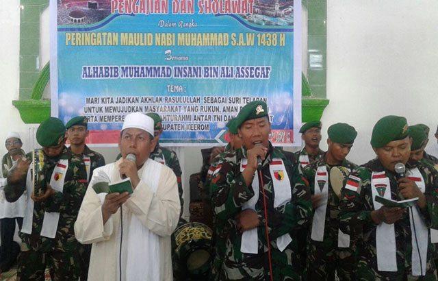 Prajurit Satgas Yonif Mekanis 516/CY Peringati Maulid Nabi di Perbatasan RI-PNG