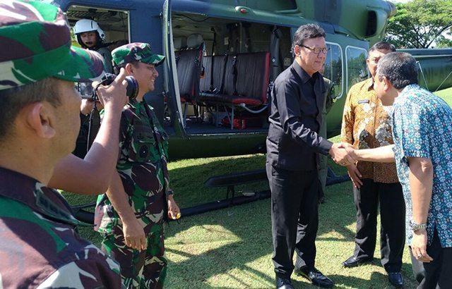 Mendagri, Panglima TNI dan Pangdam IM Tinjau Lokasi Gempa di Pidie Jaya