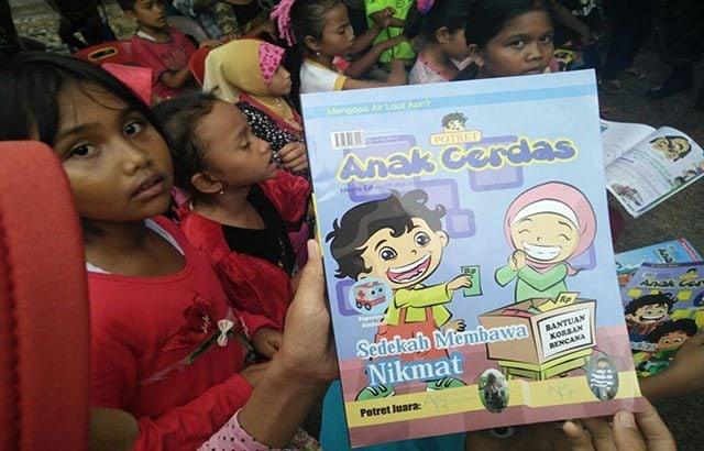 'Bermain dan Bernyanyi' Cara TNI Pulihkan Psikologi Anak Korban Gempa